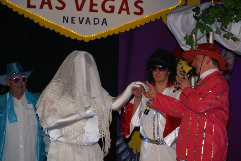 Ritter Cuno packt die Sachen und lässt es in Las Vegas krachen